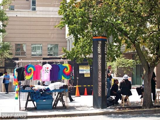 Garage/Park Space, Contemporary - WASHINGTON, DC (photo 4)
