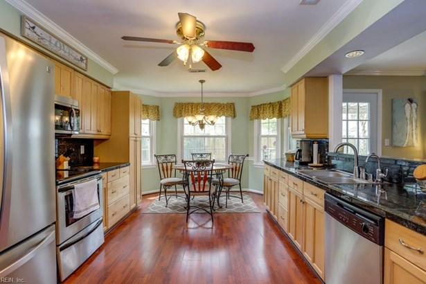 Traditional, Transitional, Single Family - Virginia Beach, VA (photo 4)
