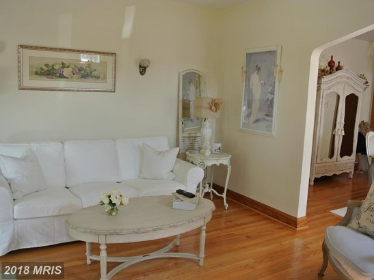 Cape Cod, Detached - PERRY HALL, MD (photo 5)