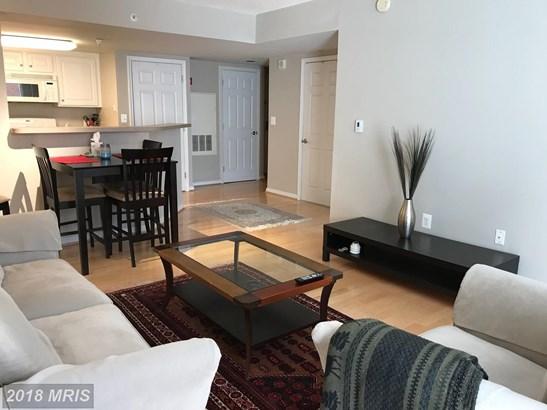 Hi-Rise 9+ Floors, Contemporary - NORTH BETHESDA, MD (photo 2)