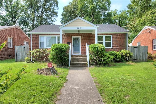 Cottage/Bungalow, Ranch, Single Family - Colonial Heights, VA (photo 1)