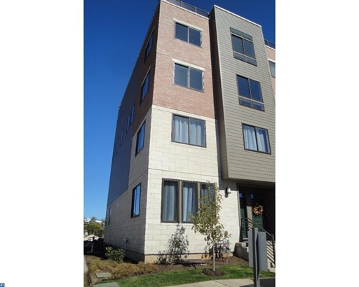 Row/Townhouse/Cluster, Contemporary,EndUnit/Row - KING OF PRUSSIA, PA (photo 1)
