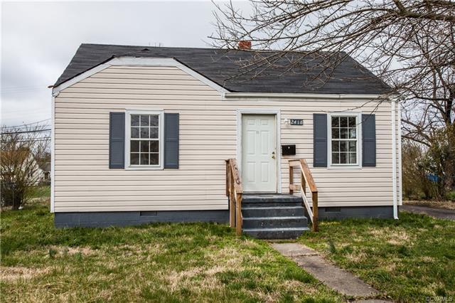 Cottage/Bungalow, Single Family - Highland Springs, VA (photo 1)