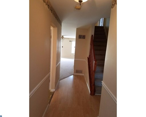 Row/Townhouse, Contemporary - SWEDESBORO, NJ (photo 2)