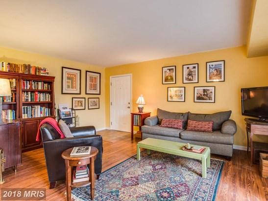 Garden 1-4 Floors, Colonial - FREDERICKSBURG, VA (photo 1)