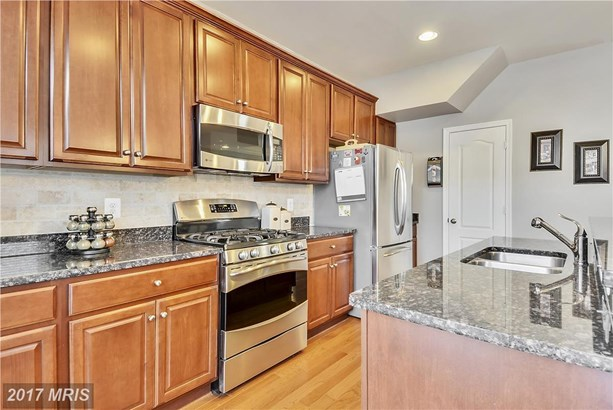 Townhouse, French Country - CHESTER, MD (photo 4)