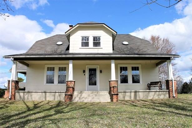 Residential, Farmhouse,2 Story - Blackstone, VA (photo 2)
