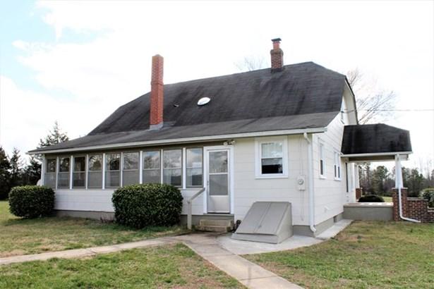 Residential, Farmhouse,2 Story - Blackstone, VA (photo 3)