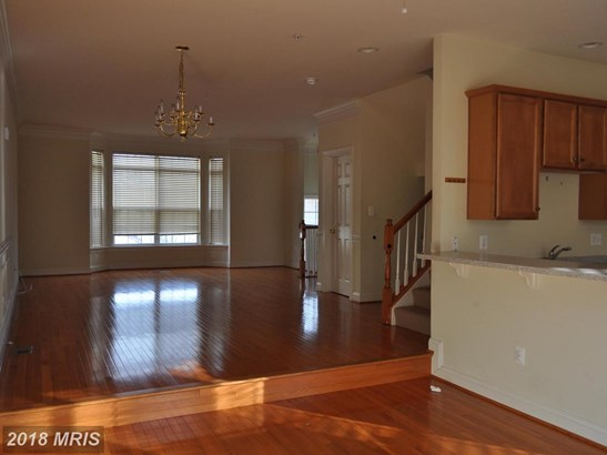 Townhouse, Traditional - BURTONSVILLE, MD (photo 4)