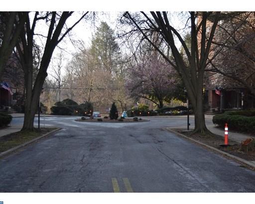 Unit/Flat, Contemporary - LANSDOWNE, PA (photo 4)