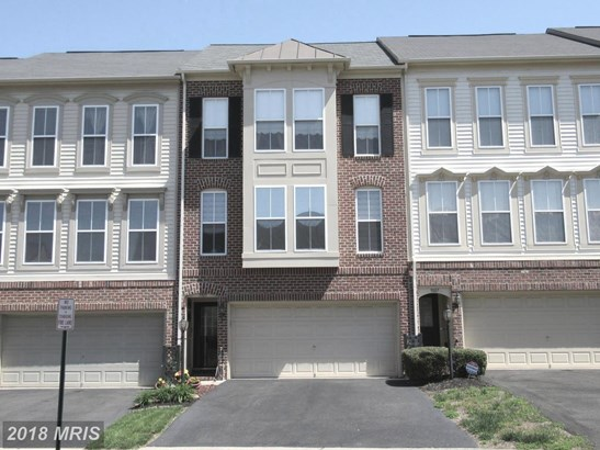 Townhouse, Colonial - BRISTOW, VA (photo 1)