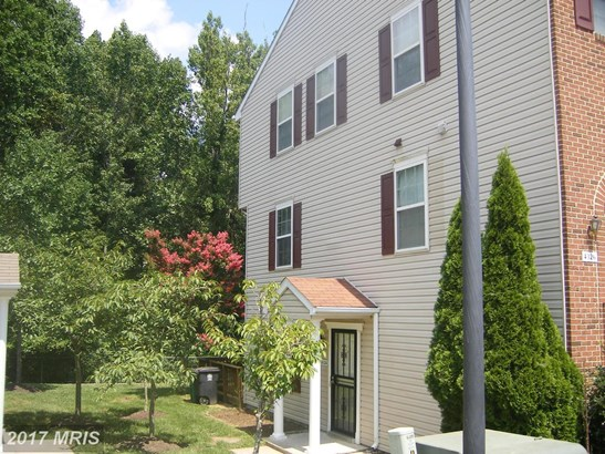 Attach/Row Hse, A-Frame - SUITLAND, MD (photo 1)