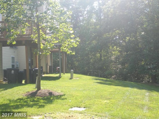 Attach/Row Hse, A-Frame - SUITLAND, MD (photo 4)
