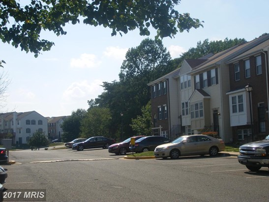 Attach/Row Hse, A-Frame - SUITLAND, MD (photo 5)