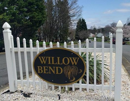 Cape Cod, Single Family Residence - Lynchburg, VA (photo 2)