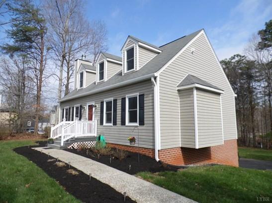 Cape Cod, Single Family Residence - Lynchburg, VA (photo 3)