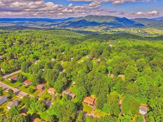 Ranch, Detached - Blacksburg, VA (photo 4)
