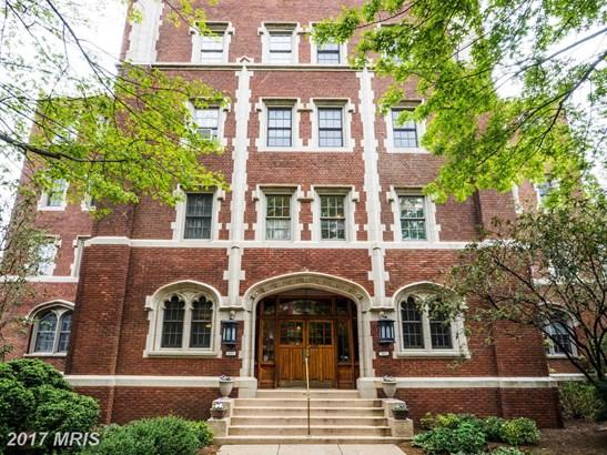 Tudor, Mid-Rise 5-8 Floors - BALTIMORE, MD (photo 1)