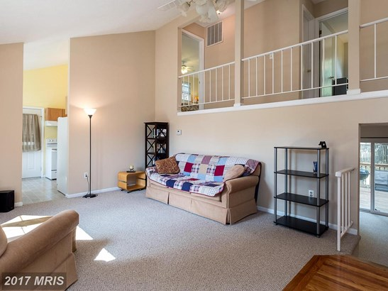 Contemporary, Detached - CROFTON, MD (photo 3)