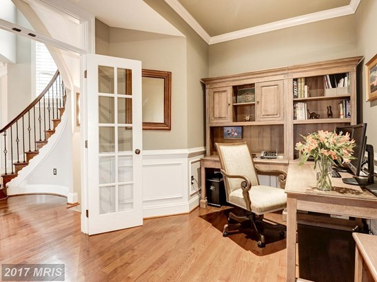 Townhouse, Contemporary - LEESBURG, VA (photo 4)