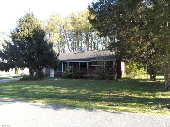 Ranch, Transitional, Single Family - York County, VA (photo 3)