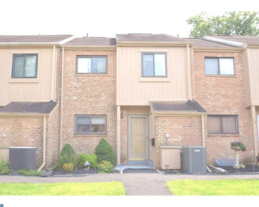Row/Townhouse, Contemporary - COLLEGEVILLE, PA (photo 1)