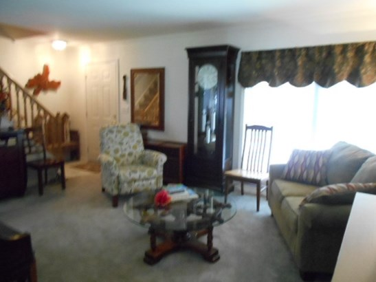 Residential/Vacation, 2 Story - Bracey, VA (photo 4)