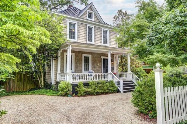 Two Story, Victorian, Single Family - Richmond, VA