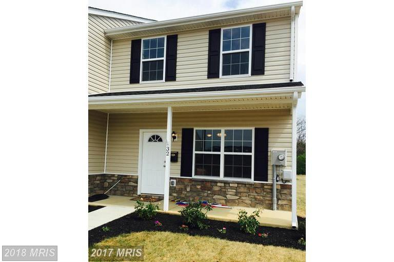 Transitional, Townhouse - INWOOD, WV (photo 1)