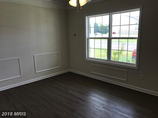 Transitional, Townhouse - INWOOD, WV (photo 4)