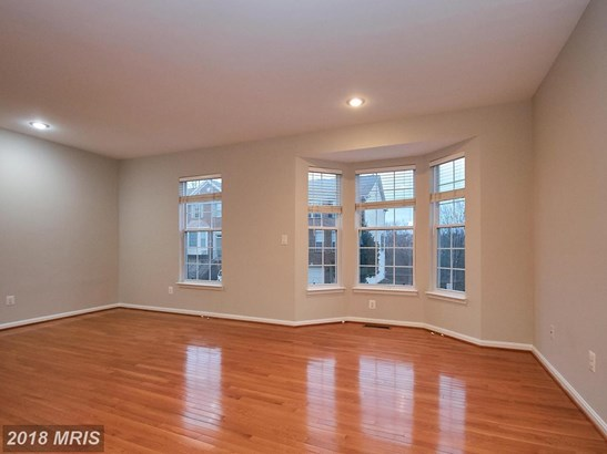 Townhouse, Contemporary - STERLING, VA (photo 5)