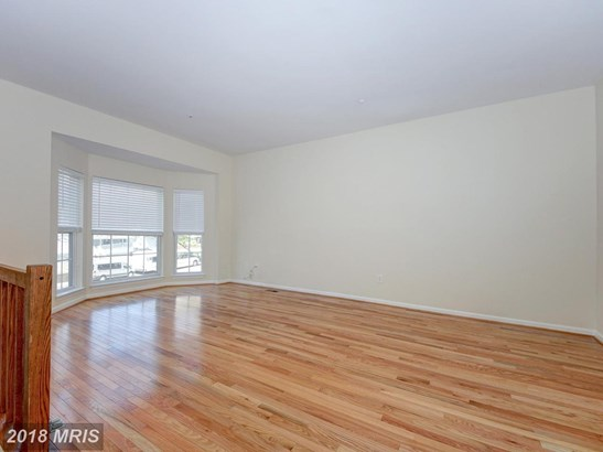 Colonial, Attach/Row Hse - SILVER SPRING, MD (photo 4)