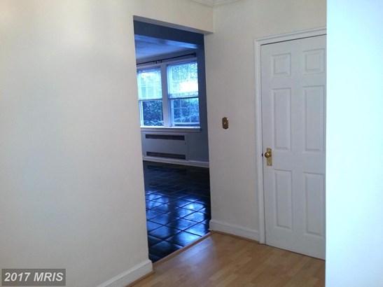 Tudor, Mid-Rise 5-8 Floors - BALTIMORE, MD (photo 3)