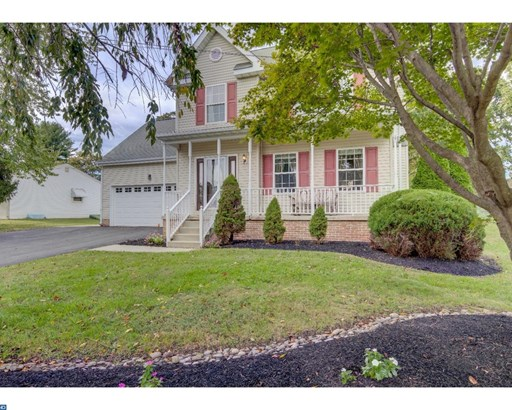 Colonial, Detached - BOOTHWYN, PA (photo 2)