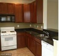 Garden 1-4 Floors, Contemporary - CAPITOL HEIGHTS, MD (photo 2)