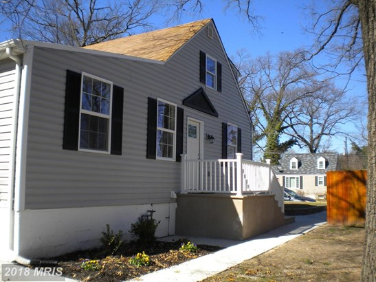 Colonial, Detached - RIVERDALE, MD (photo 2)