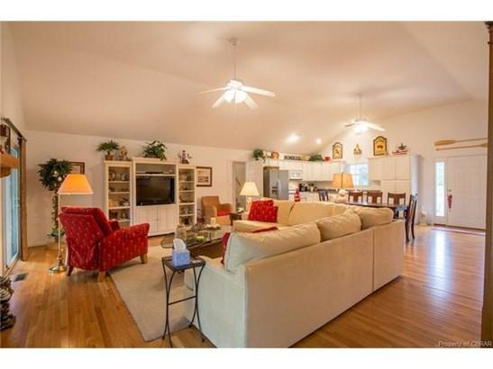 Contemporary, Single Family - Heathsville, VA (photo 4)
