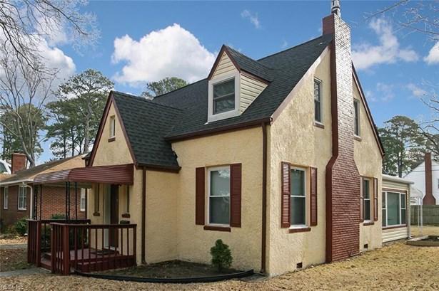Bungalow, Cottage, Single Family - Norfolk, VA (photo 2)
