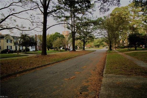 Bungalow, Cottage, Single Family - Norfolk, VA (photo 4)