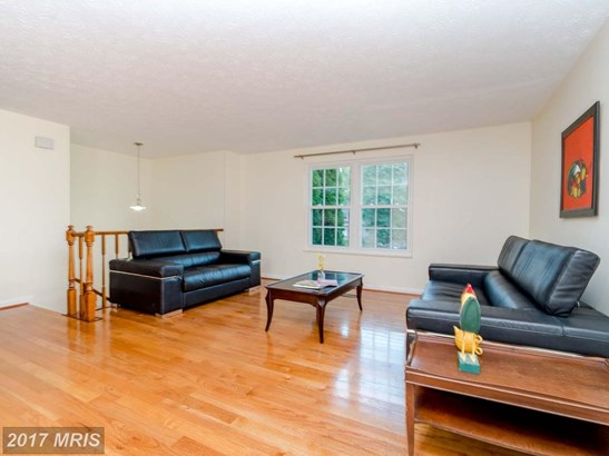 Split Foyer, Detached - SILVER SPRING, MD (photo 3)
