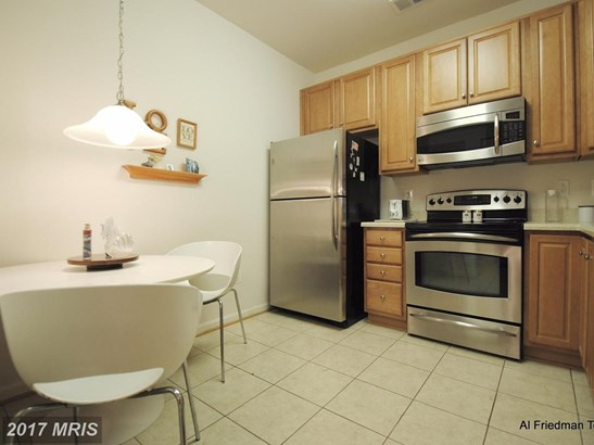 Garden 1-4 Floors, Traditional - ODENTON, MD (photo 5)