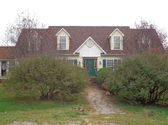 Cape Cod, Residential - Moneta, VA (photo 1)