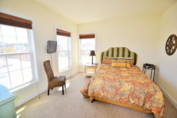 Condo - Chincoteague, VA (photo 4)