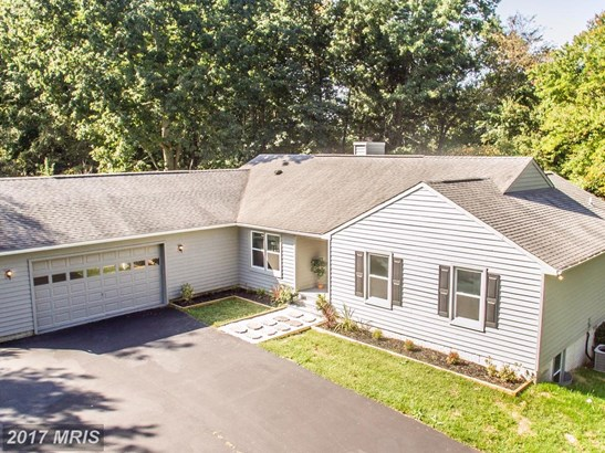 Traditional, Detached - WESTMINSTER, MD (photo 1)