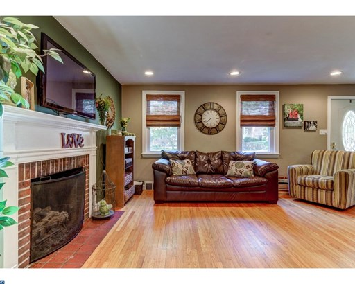 Colonial, Detached - HAVERTOWN, PA (photo 4)