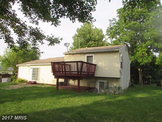 Split Level, Detached - TANEYTOWN, MD (photo 3)