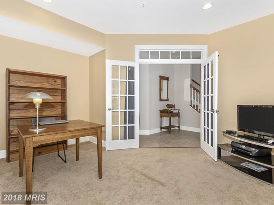 Townhouse, Contemporary - FREDERICK, MD (photo 4)