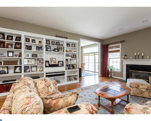 Row/Townhouse, Carriage House - WEST CHESTER, PA (photo 5)