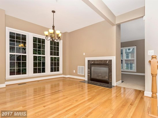 Townhouse, Contemporary - BOYDS, MD (photo 4)