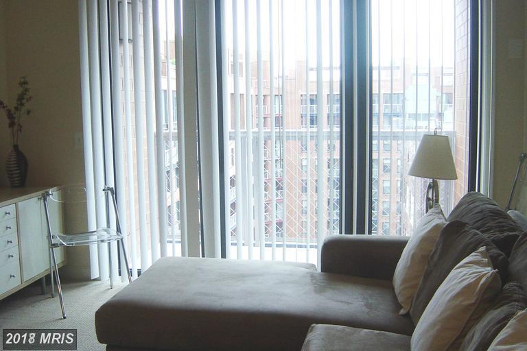 Hi-Rise 9+ Floors, Colonial - WASHINGTON, DC (photo 4)